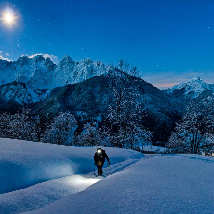 winter-hiking-slovenia-kranjska-gora-slotrips